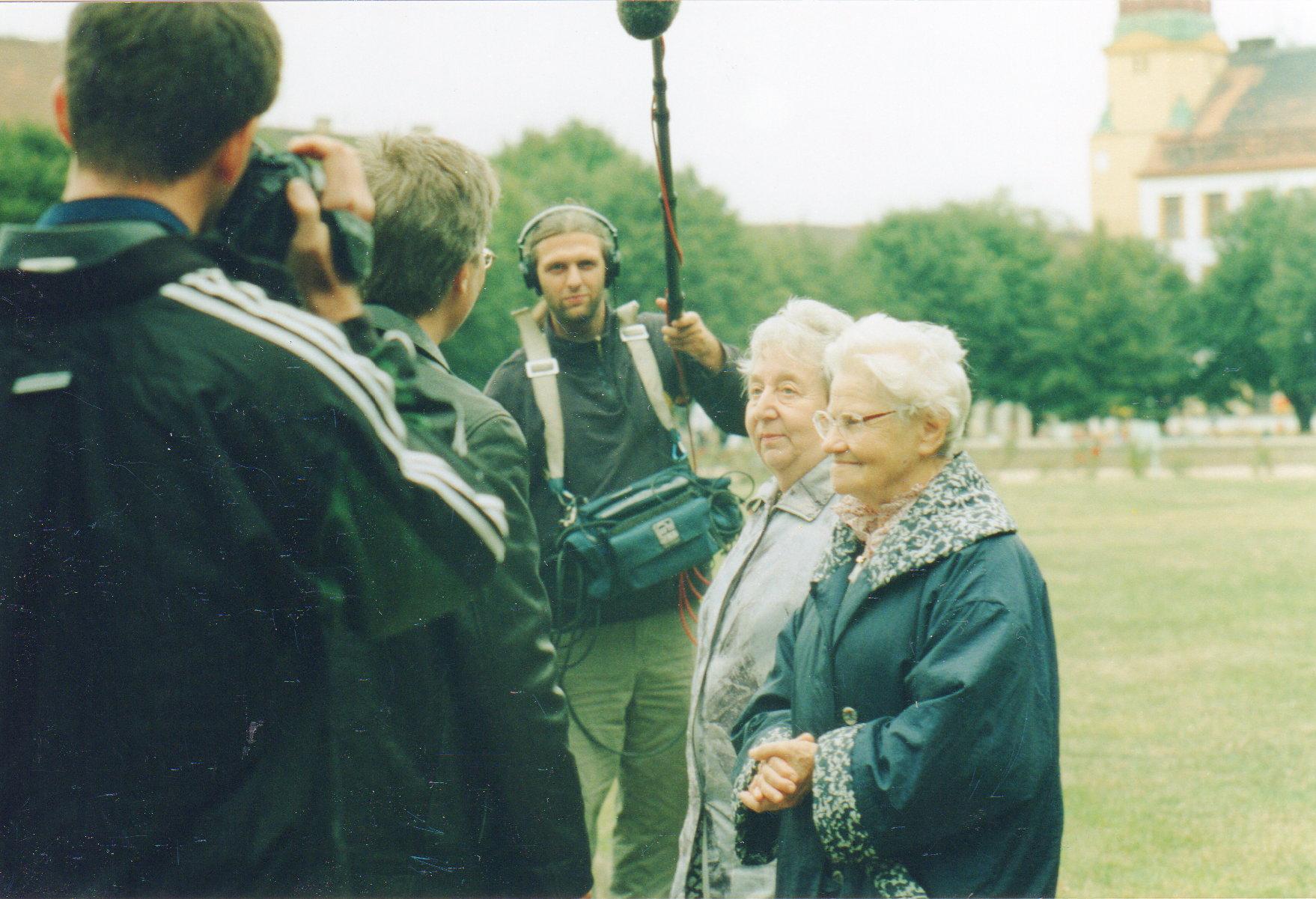 survivors Helga Hoskova, Zuzanna Podmelova, Theresienstadt